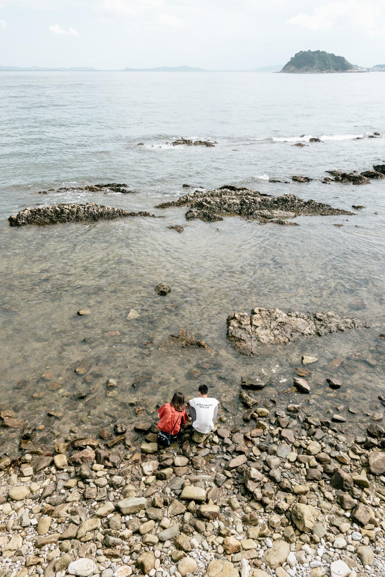 日間賀島 岩場