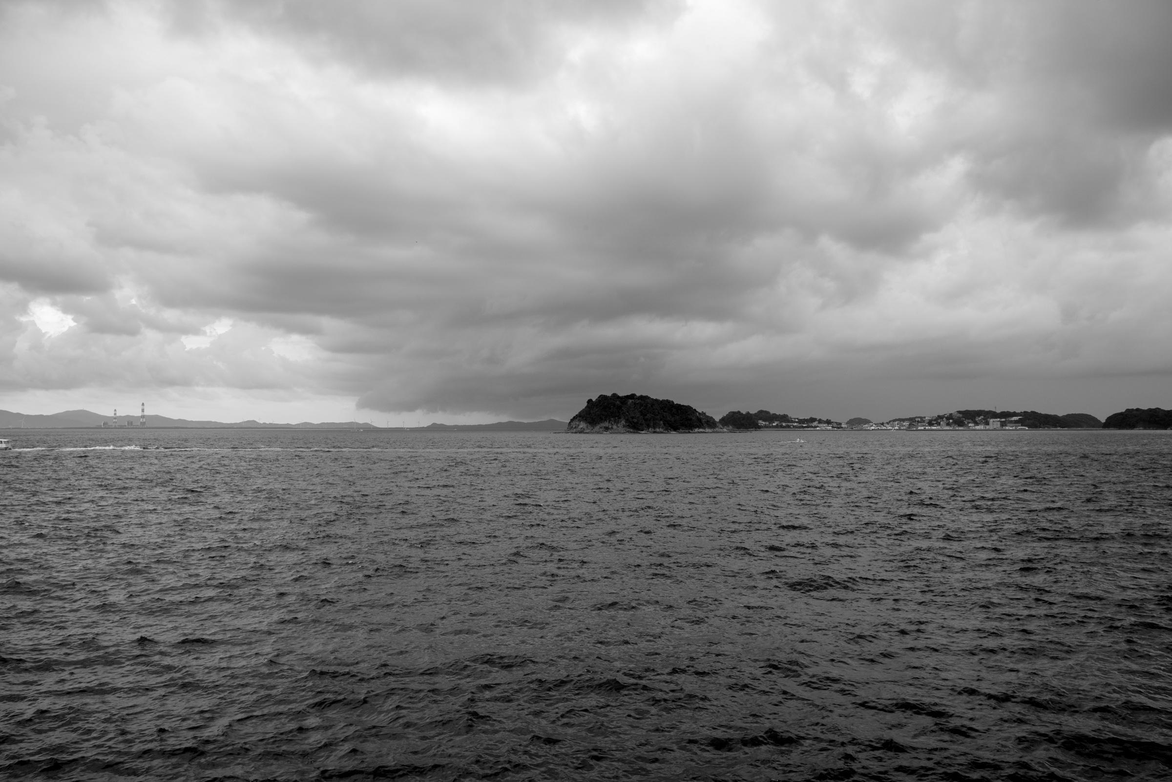 日間賀島からみる篠島
