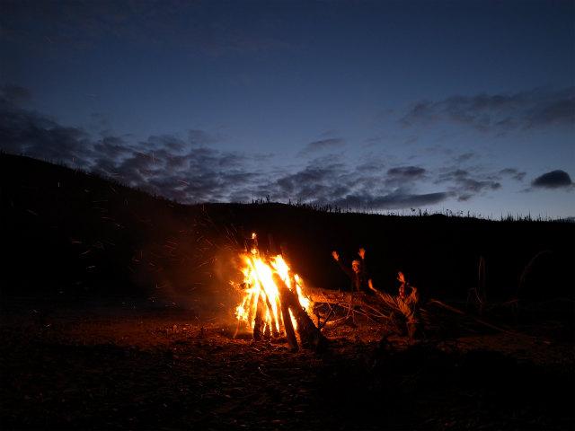 ユーコン川でオーロラとキャンプ (7)