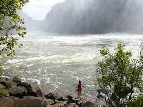 s-世界三大瀑布の1つビクトリアフォールズ(滝) (13)