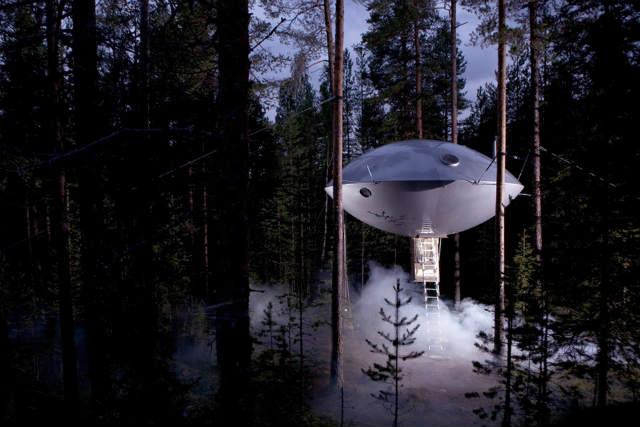 ツリーホテルtreehotel UFO (2)