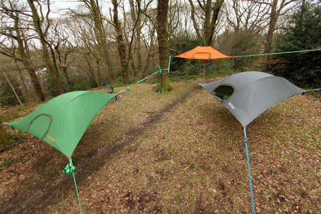 空中に張るハンモックのようなテント「Tentsile」 (4)