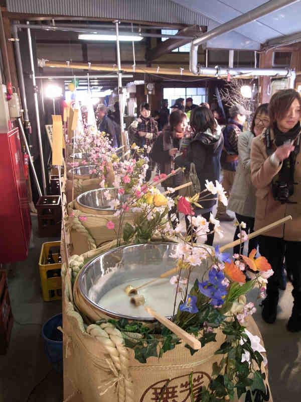 渡辺酒造店が企画する飛騨古川「蔵まつり」が素晴らしすぎる!飲み比べをした名酒「蓬莱」のおすすめラベル (22)