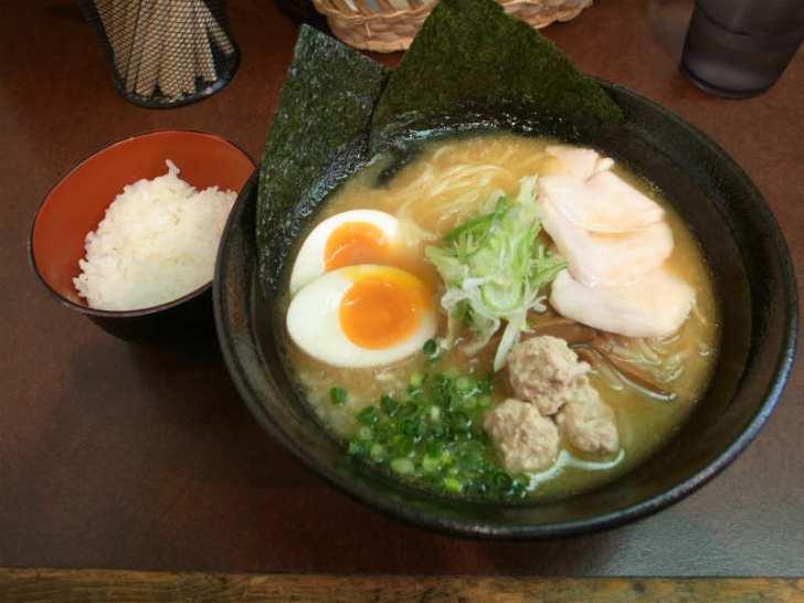栄と矢場町の間にあるおいしい濃厚鶏白湯ラーメン「麺屋壱の介」@名古屋 (2)