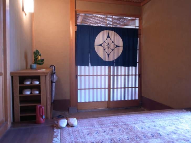 飛騨古川の古民家:数寄屋づくりの里山オフィス「末広の家」に泊まってみた! (3)