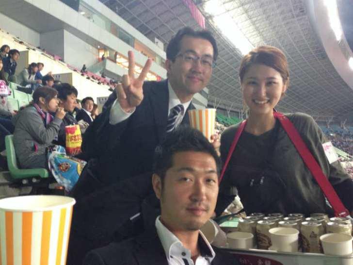 かわいい居酒屋店員さんとスタジアムガール[美人女子シリーズ] (6)