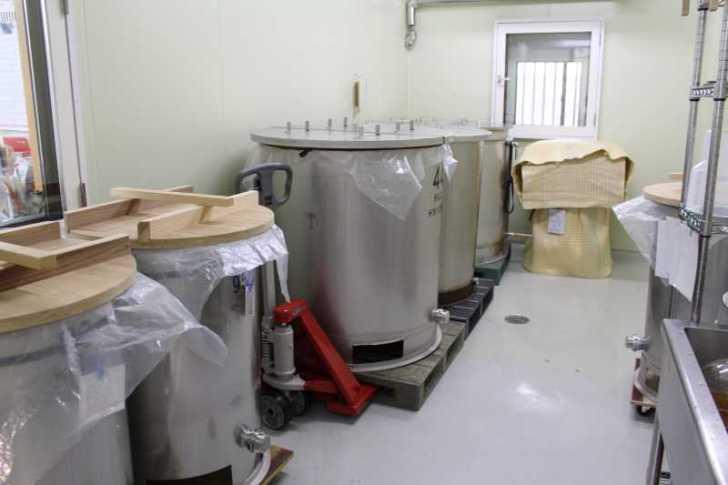 愛知県の幻の日本酒「空」を作る関谷醸造の酒造見学と酒造り体験 (2)