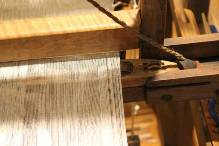裂き織り体験教室で学ぶ「機織り機の仕組み」 (16)