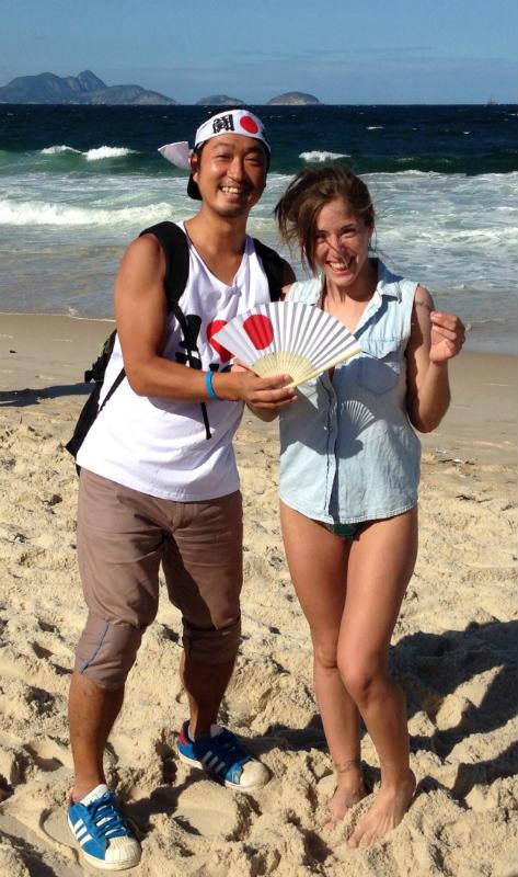 ブラジルW杯現地で出会った美女サポーターの写真画像[美人女子シリーズ] (2)
