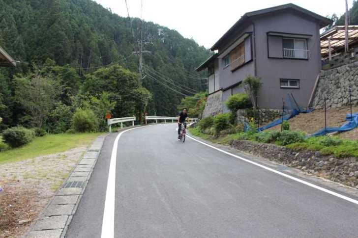 愛知県新城市作手の「鳴沢の滝」までサイクリングして泳いでみた! (4)