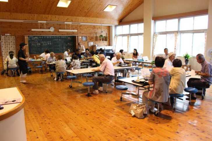 廃校である旧菅守小にオープンした「つくで田舎レストランすがもり」で四季御膳を食べてきました!