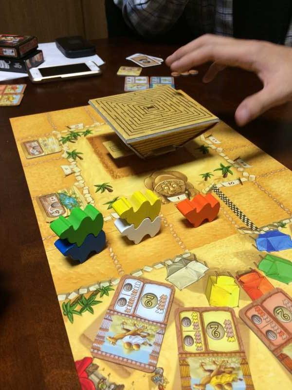 コンポーネントにテンションあがりまくりのボードゲーム「キャメルアップ」 (4)