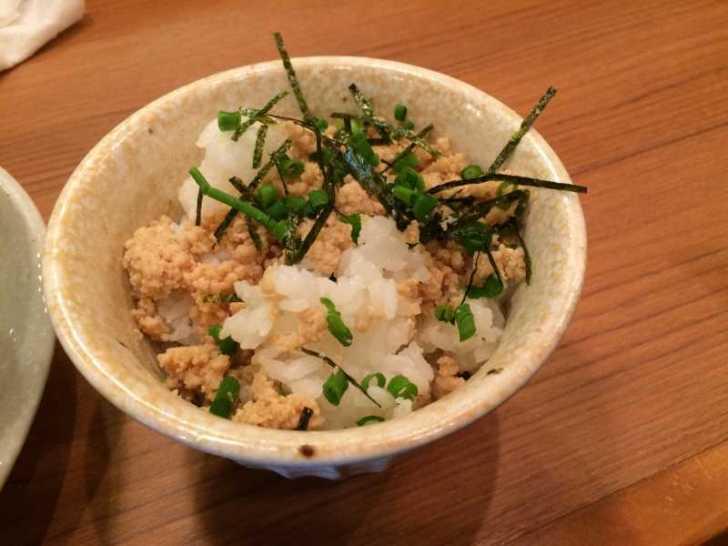らーめん御器所「鶏白湯」がとろっとろのスープで美味しいのでおすすめ!麺とチャーシューのからみも良し! (6)