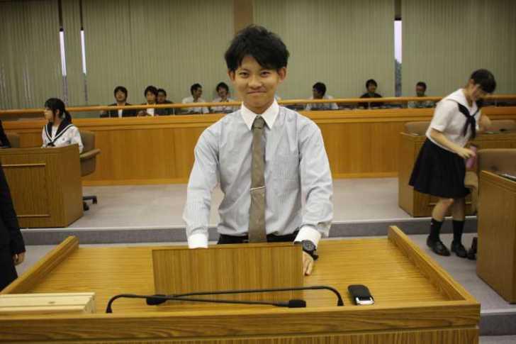 新城市で第一回若者議会が開催!各委員の所信表明+議長が決定しました! (26)