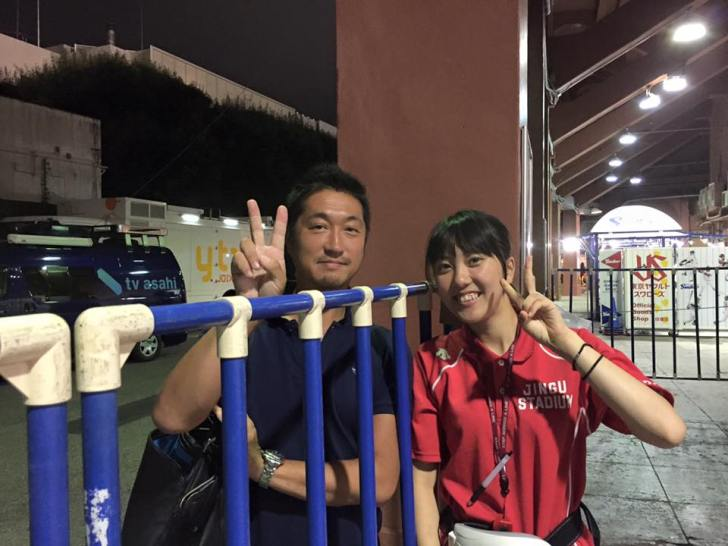 明治神宮球場のかわいい売り子の女の子たち[美人女子シリーズ] (12)