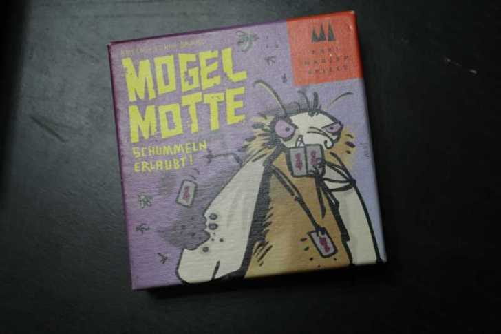 いかさまゴキブリ Mogel Motte