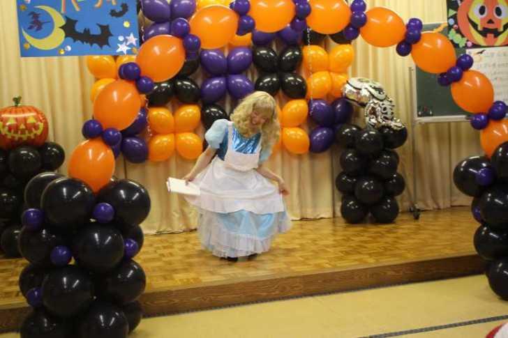 お寺でのハロウィンパーティー開催!仮装しての謎解きが色とりどりで楽しすぎる! (9)