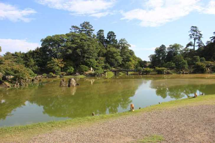 彦根城は行くべきだけど、隣の玄宮園が超おすすめ! (10)