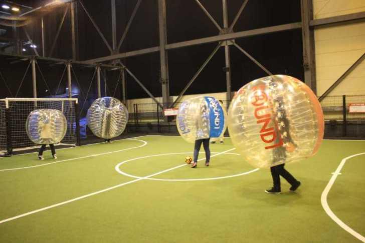 「健康維持にバブルサッカー」若者議会の医療チーム政策が新聞に取り上げられたし、バブルサッカーをやってみた! (5)
