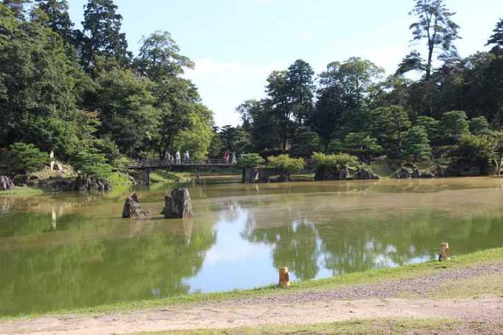 彦根城は行くべきだけど、隣の玄宮園が超おすすめ! (11)