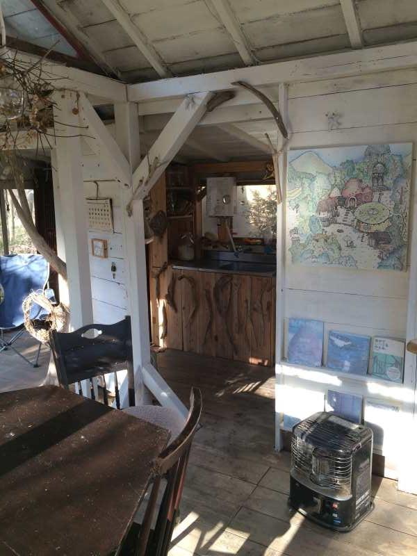 セルフビルドの面白い家が立ち並ぶ理想空間が和歌山にあった!【アースバックハウス・ストローベイルハウスetc】 (6)
