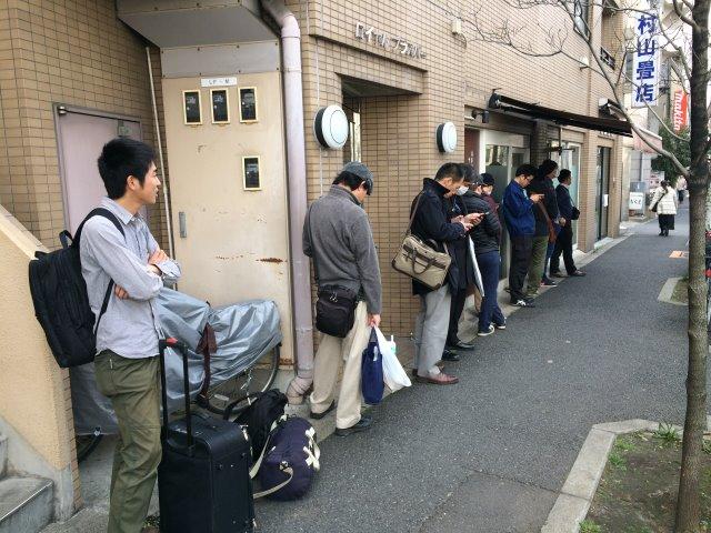 伝説のつけ麺べんてんの弟子の店「自家製中華そば としおか@早稲田」に行ってきたよ! (1)