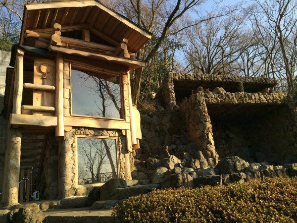 伊豆のスターヒルズのログハウスと作りかけのアースバックハウスがすごすぎた!【静岡】 (13)