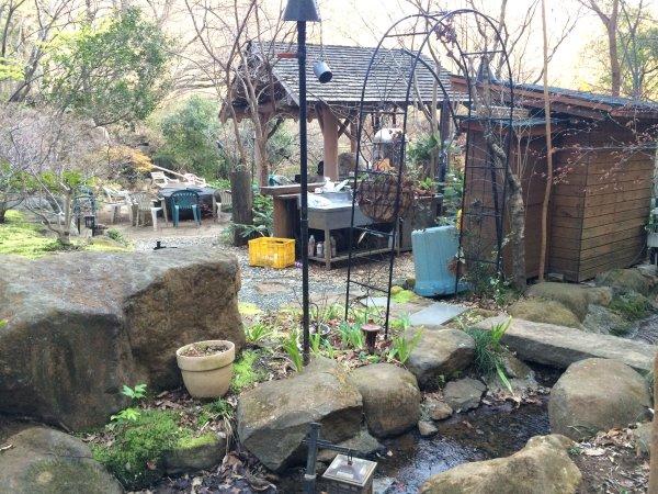 伊豆のスターヒルズのログハウスと作りかけのアースバックハウスがすごすぎた!【静岡】 (26)