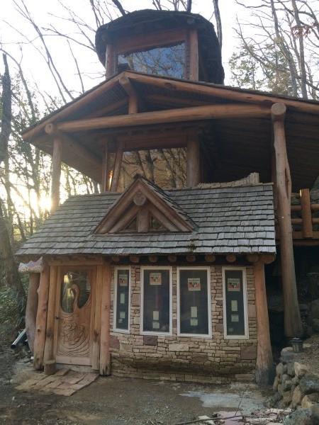 伊豆のスターヒルズのログハウスと作りかけのアースバックハウスがすごすぎた!【静岡】 (21)