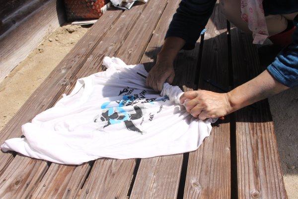 草木染め染色体験ふたたび。藍染めTシャツの作り方を研究してみたよ! (13)