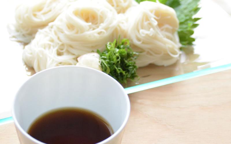 暑い季節の必需品!めんつゆの素・自家製「本返し」と、あっという間にできるお魚料理とデザートレッスン