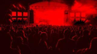 夜のコンサート会場の様子