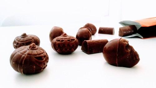 vegan halloween pralines van Loulou's Chocolate 150gr