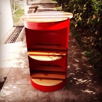 Table haute étagère bidon métal et bois - TAKARI DESIGN - Guyane - La Fabrique du Dégrad