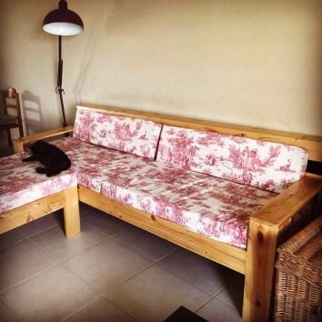 Canapé d'angle en palettes - TAKARI DESIGN - Guyane - La Fabrique du Dégrad