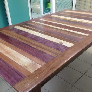 Table en bois de Guyane et palettes - TAKARI DESIGN