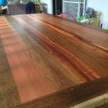 Table en bois de Guyane (gaiac, ébène verte, amourette, balata) - TAKARI DESIGN