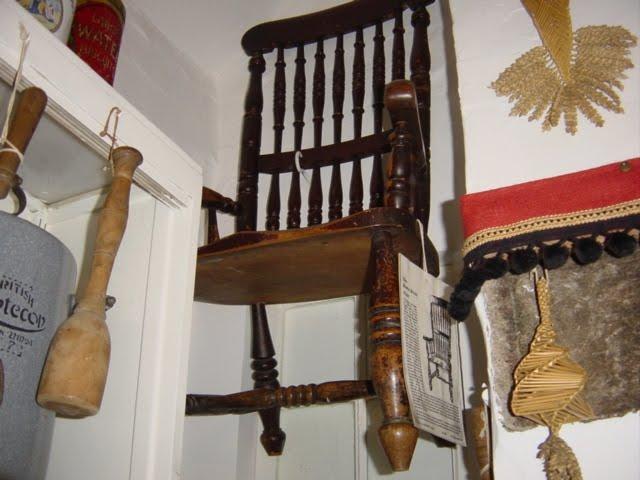 「バズビーの椅子」の画像検索結果