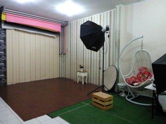 fasilitas latar click five studio