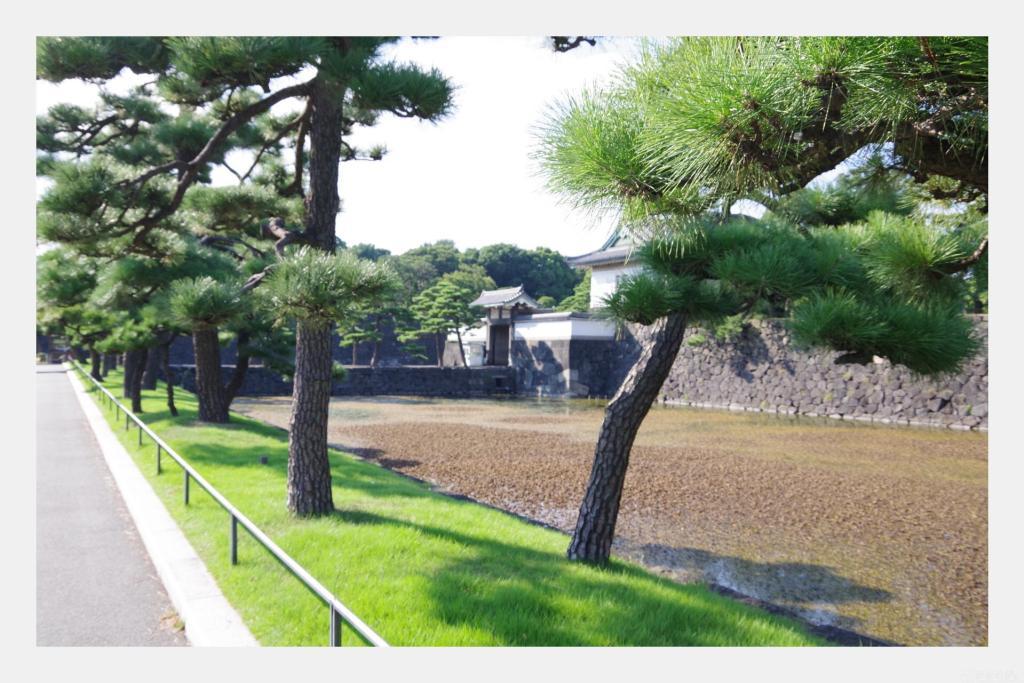 レトロ風に仕上げた江戸城