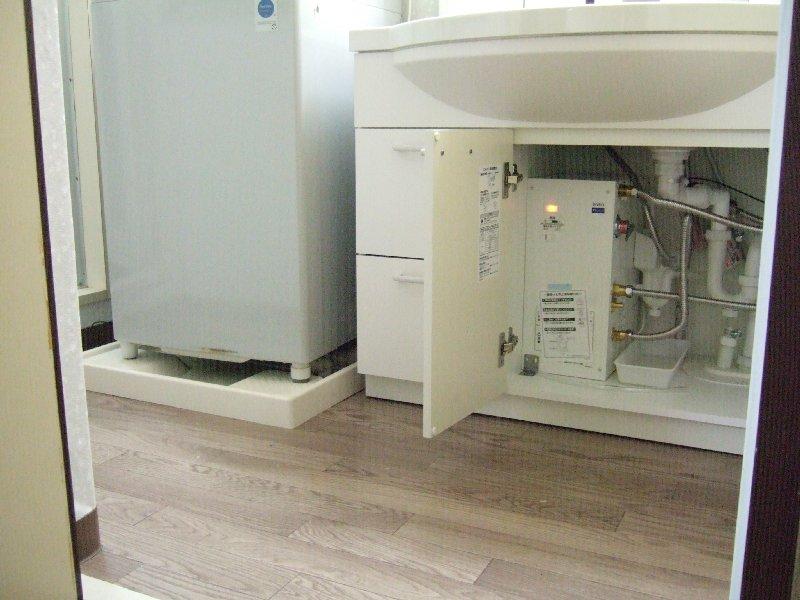 洗面台改修洗濯パン移設でサイズアップ