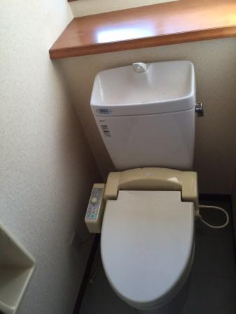 賃貸戸建のトイレ改修前