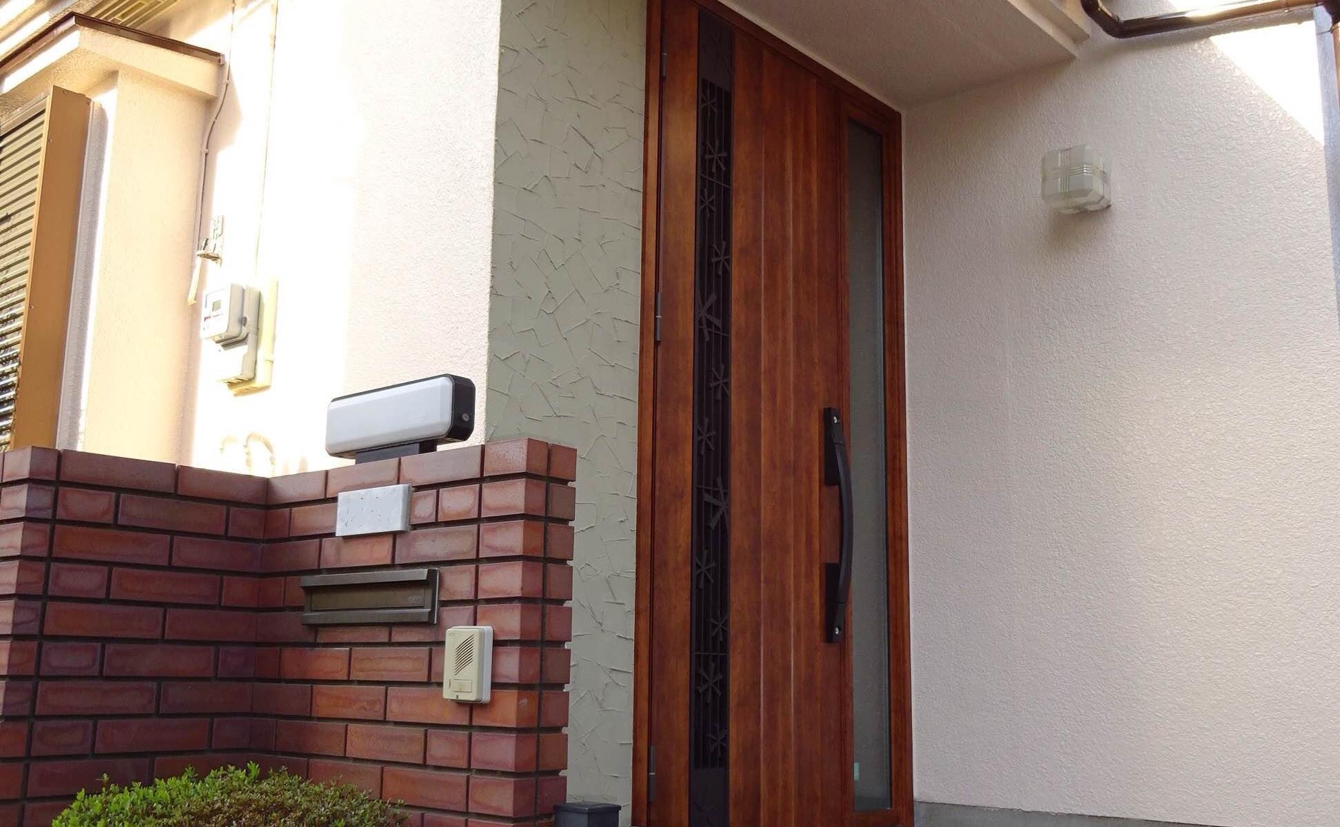 LIXIL玄関ドア施工事例