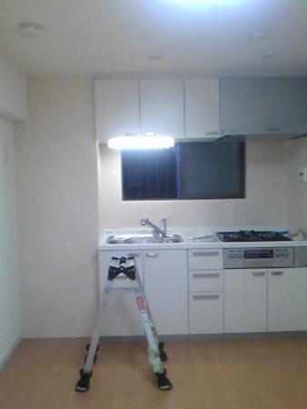アイボリーのキッチンパネル