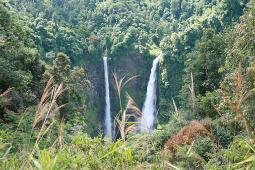 Bolaven Plateau 120 meters waterfall