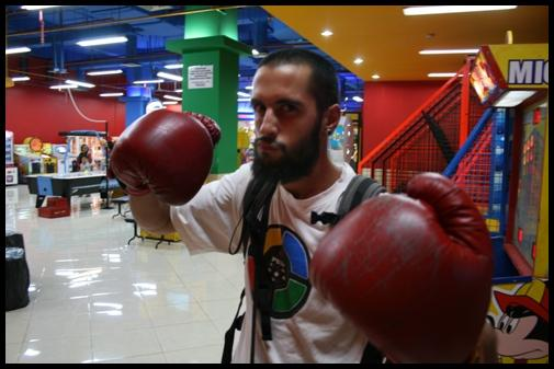 Let's get ready to Rumble. Boxing boxe