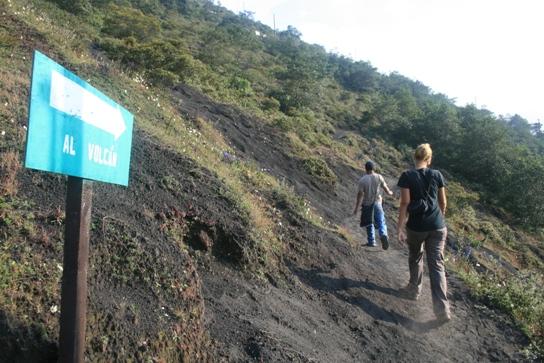 Walk to the volcano Pacaya