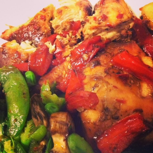 Crockpot Spicy Honey Soy Chicken and Peppers #PepperParty