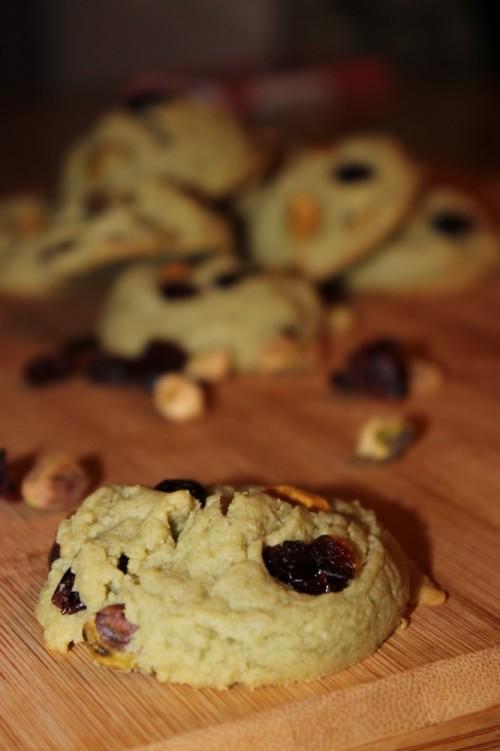 cranberry & pistachio pudding cookies #vanillaweek