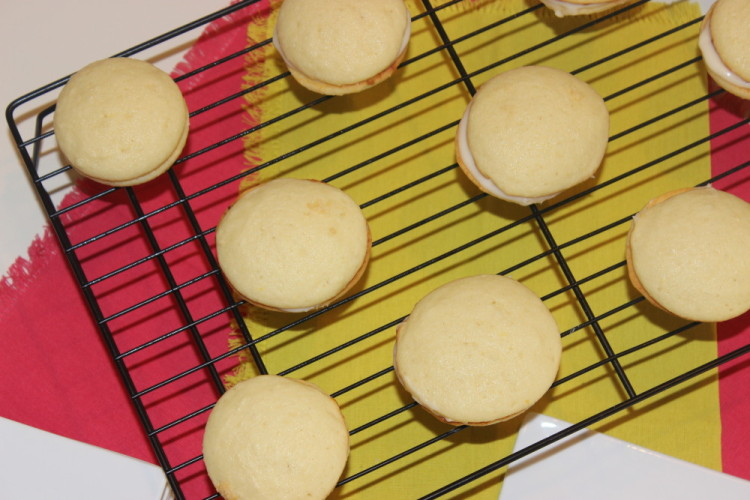 lemon-ricotta-sandwich-cookies